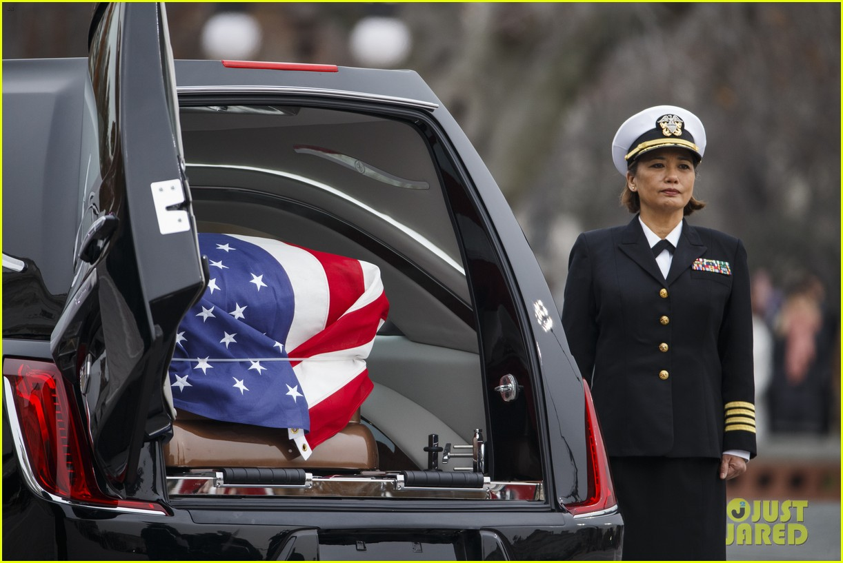 past current presidents george h w bush funeral 14