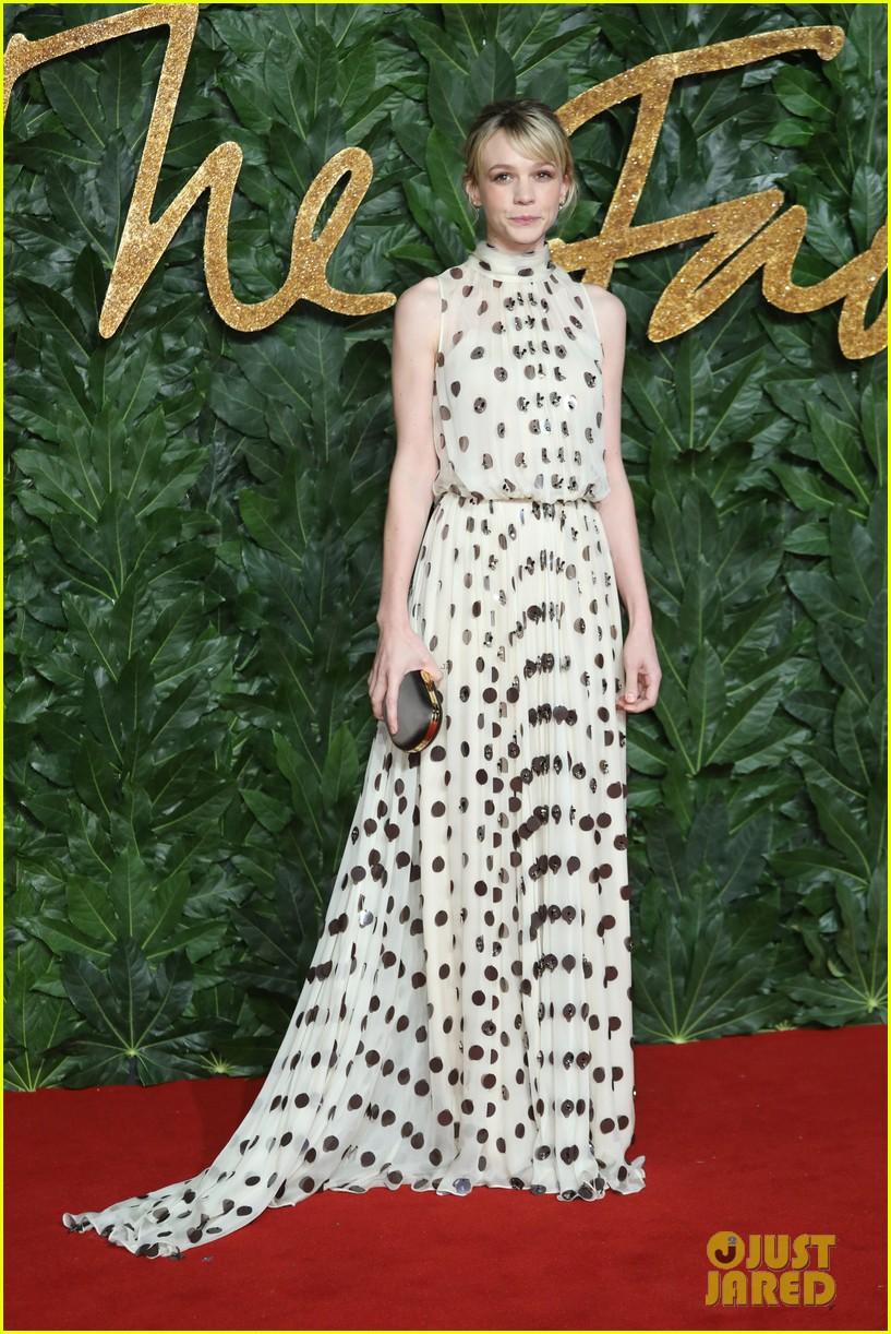 rosamund pike carey mulligan naomie harris the fashion awards 134196734
