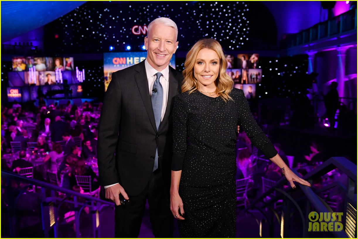 kelly ripa anderson cooper host star studded cnn heroes 234196294