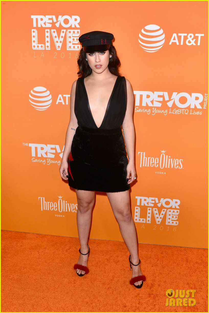 emma roberts cobie smulders james van der beek support trevor project at trevorlive 014191997