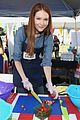 alexandra shipp julie bowen darby stanchfield volunteer at feeding america event 08