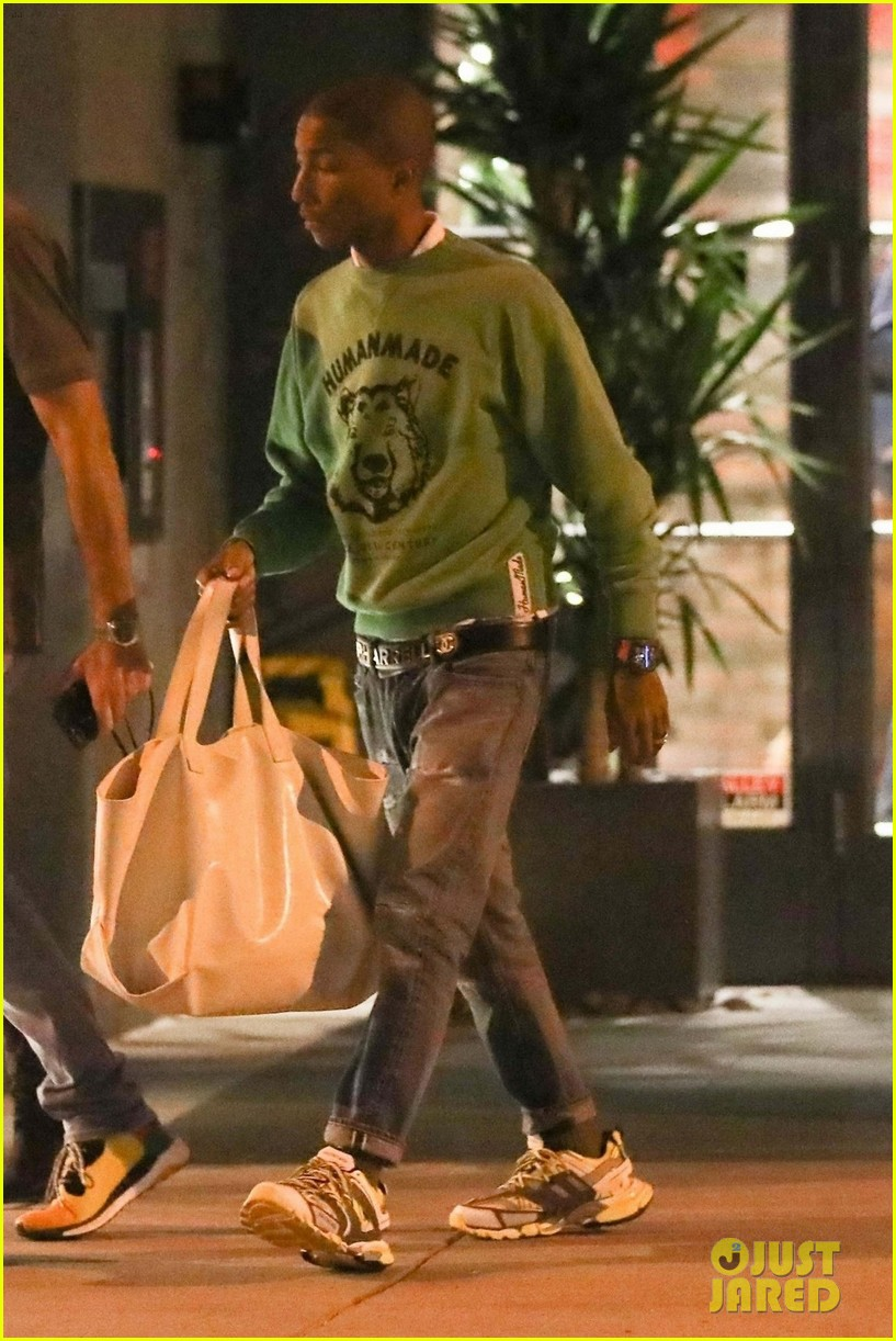 pharrell williams heads to a morning meeting in beverly hills 04
