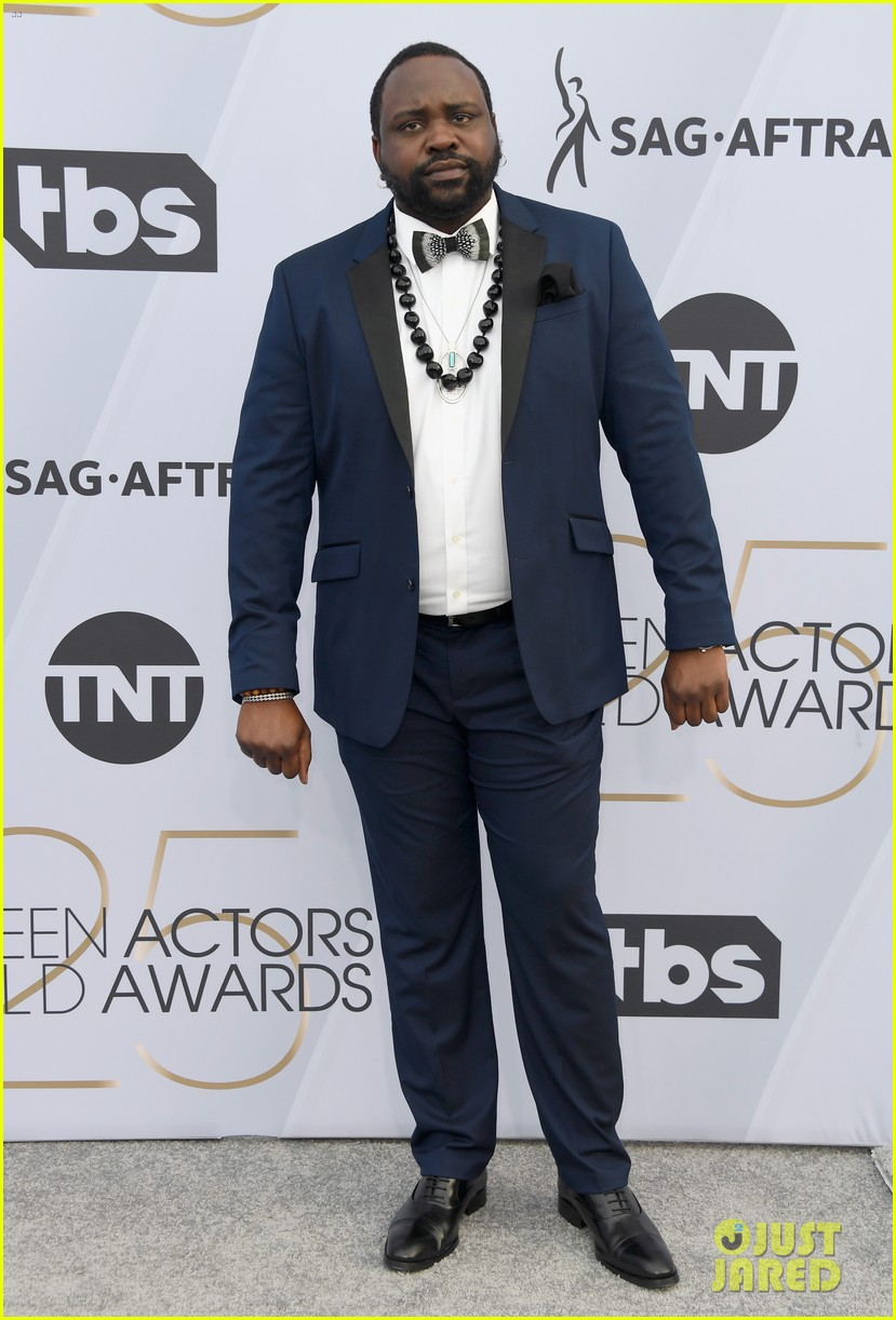 brian tyree henry and lakeith stanfield bring atlanta to sag awards 2019 09