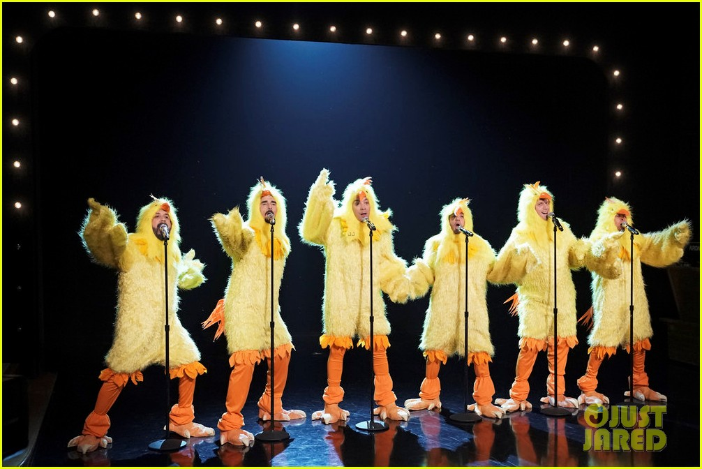 backstreet boys jimmy fallon perform hilarious all clucking rendition of everybody 034216447