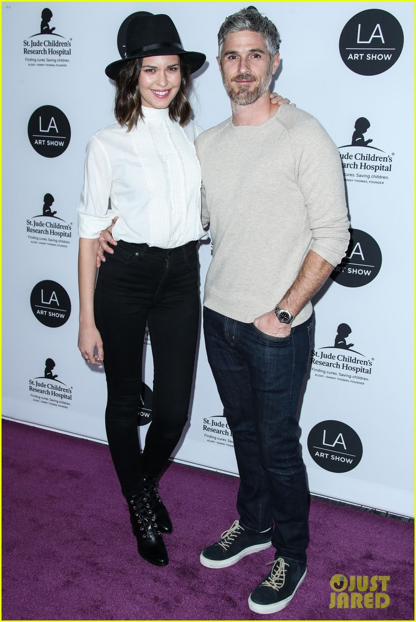 kate beckinsale gavin rossdale more support l a art shows opening night gala 024215809