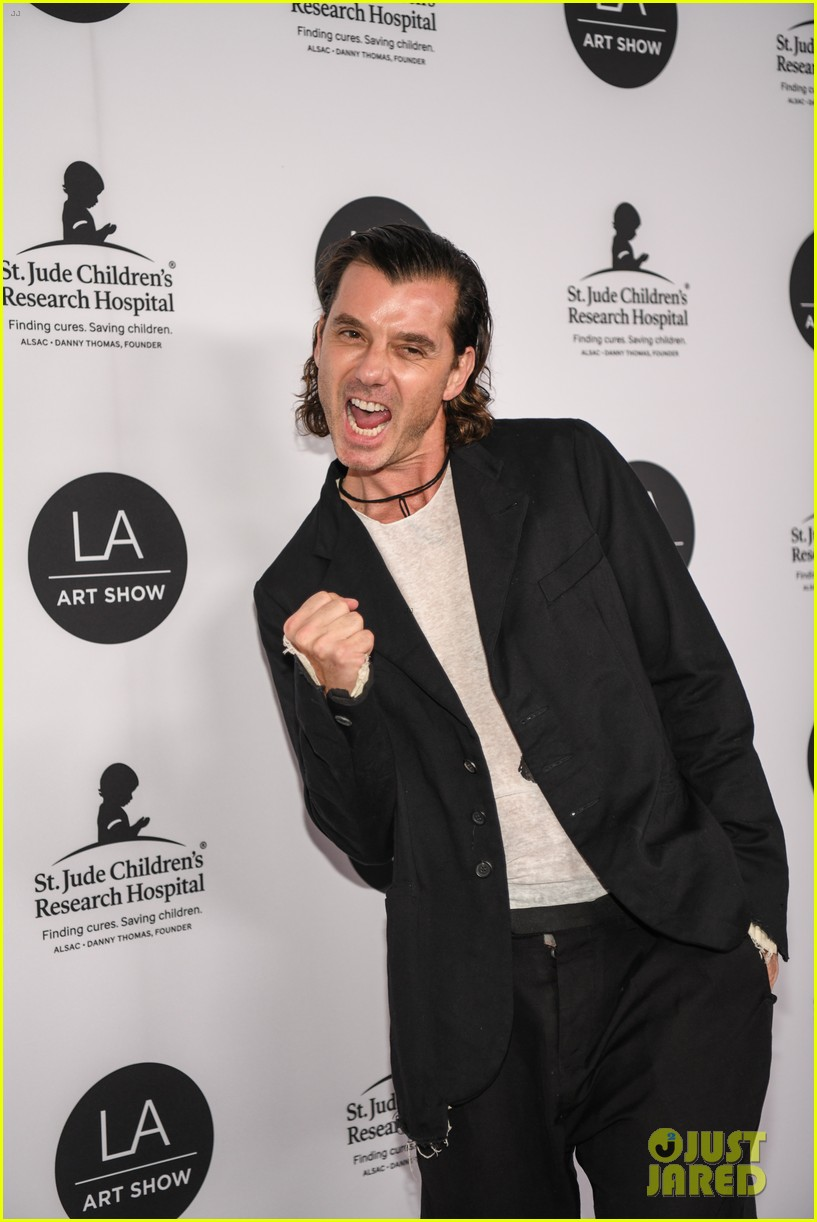 kate beckinsale gavin rossdale more support l a art shows opening night gala 064215813