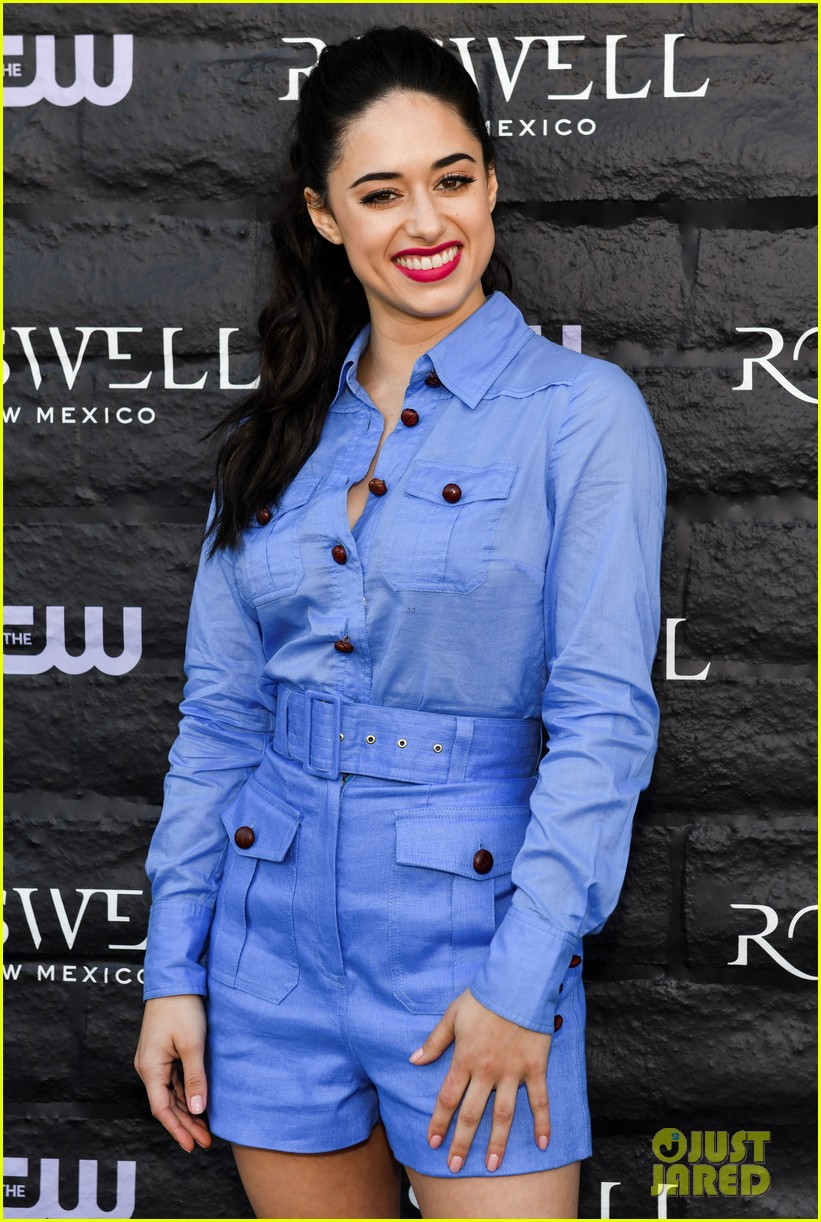 Tyler Blackburn Joins Jeanine Mason Nathan Parsons At Roswell New Mexico Premiere Photo 4210019 Heather Hemmens Jeanine Mason Lily Cowles Michael Trevino Michael Vlamis Nathan Parsons Trevor St John Tyler
