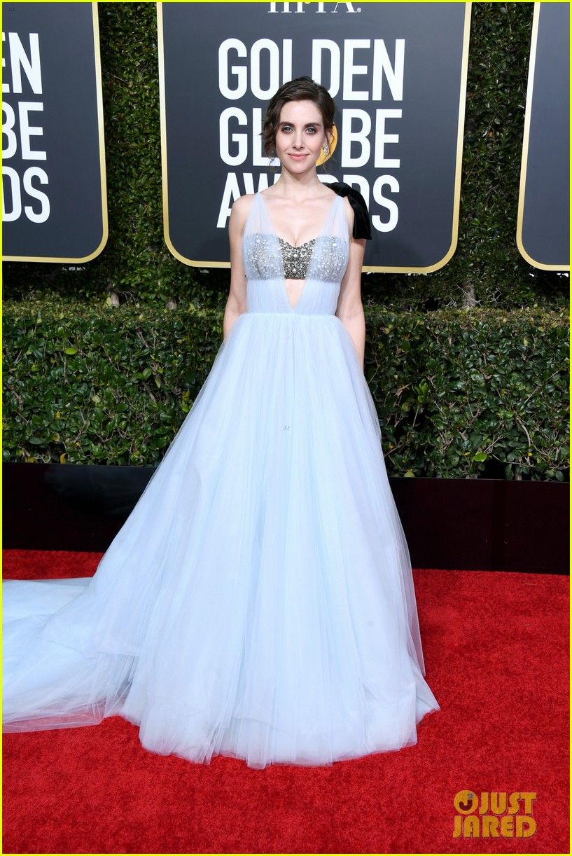 Alison Brie Amp Dave Franco Walk Golden Globes 2019 Red