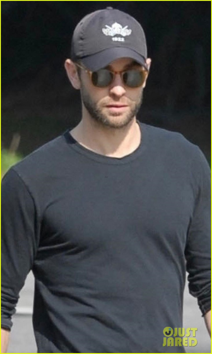 chace crawford takes his dog shiner for a walk 04