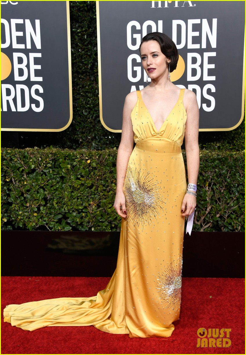 claire foy 2019 golden globes 054207115
