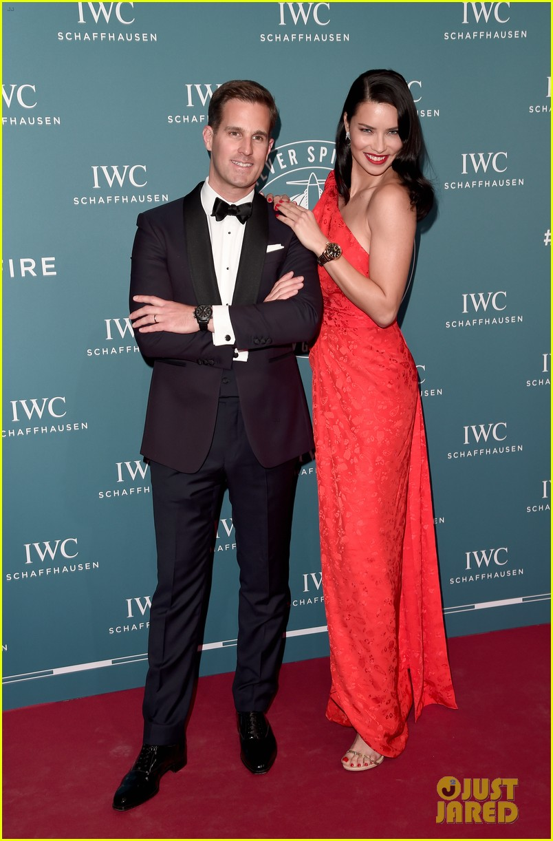 bradley cooper adriana lima celebrate pilots watches at iwc schaffhausen gala 2019 03