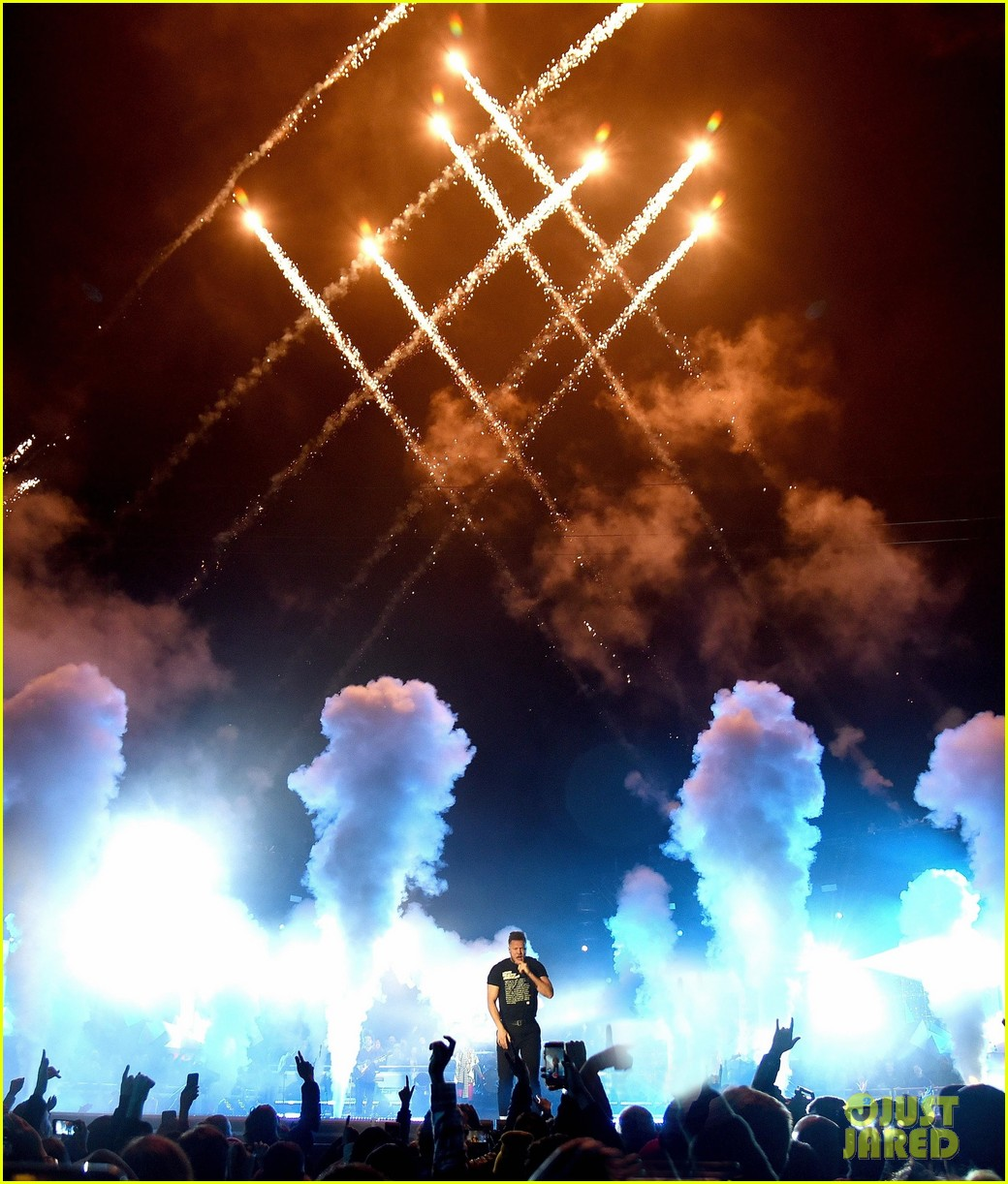 imagine dragons re release believer with lil wayne for national championship halftime 034208823