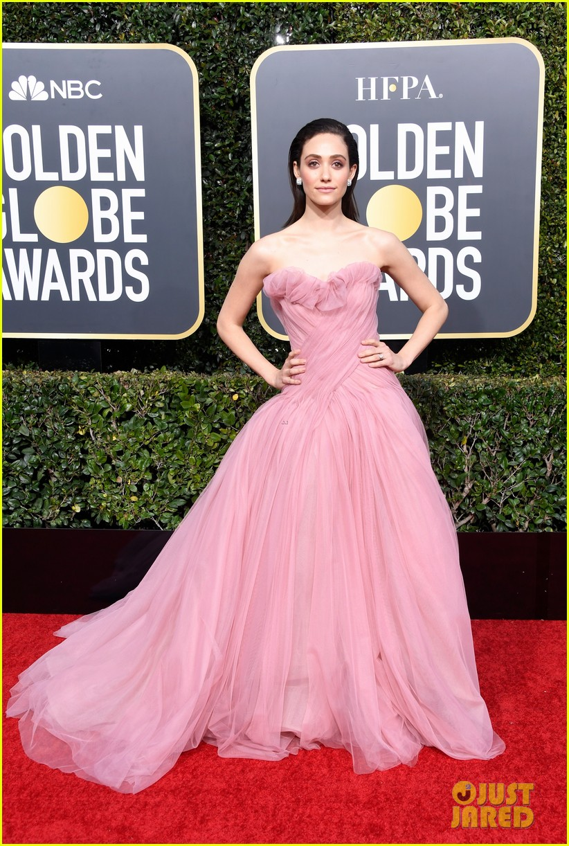 emmy rossum has a princess moment at golden globes 014206891