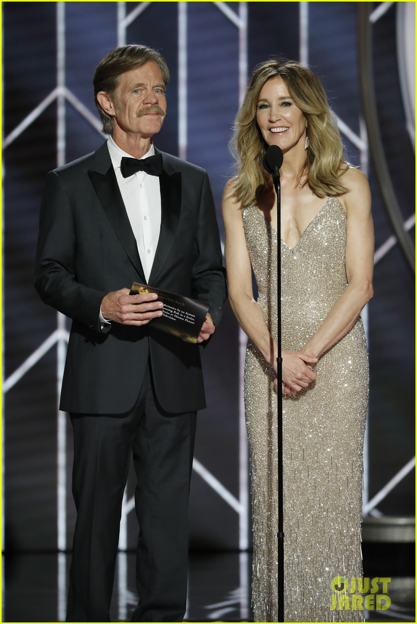 Felicity Huffman Amp William H Macy Couple Up At Golden