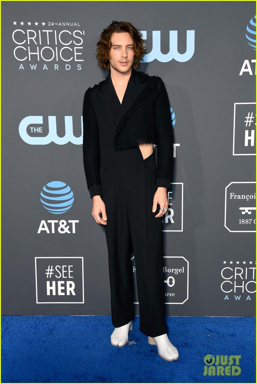 Cody Fern Wears an Ava... Taylor Swift Songs 2019
