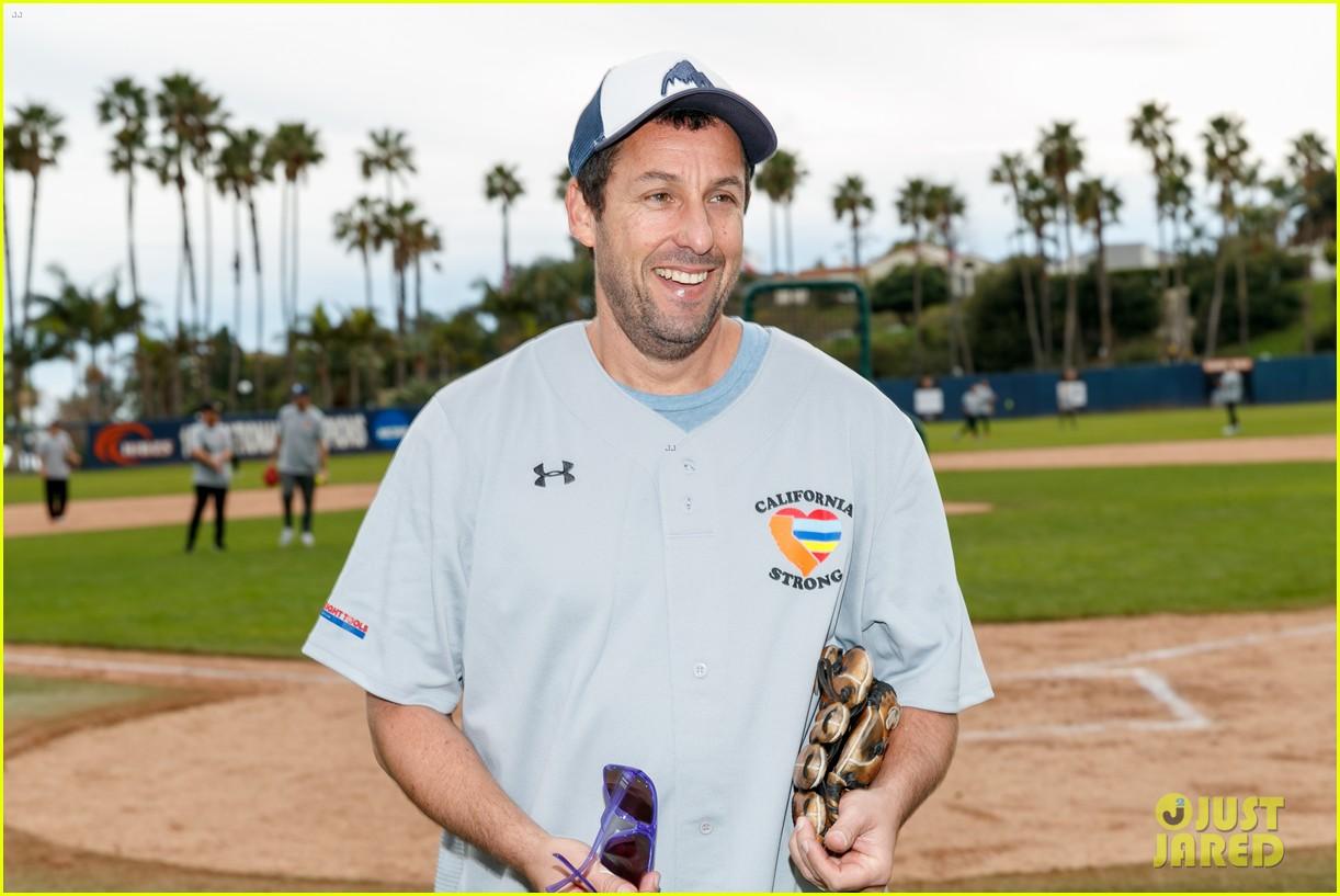 jamie foxx adam sandler zachary levi more team up for celebrity softball benefit game 13