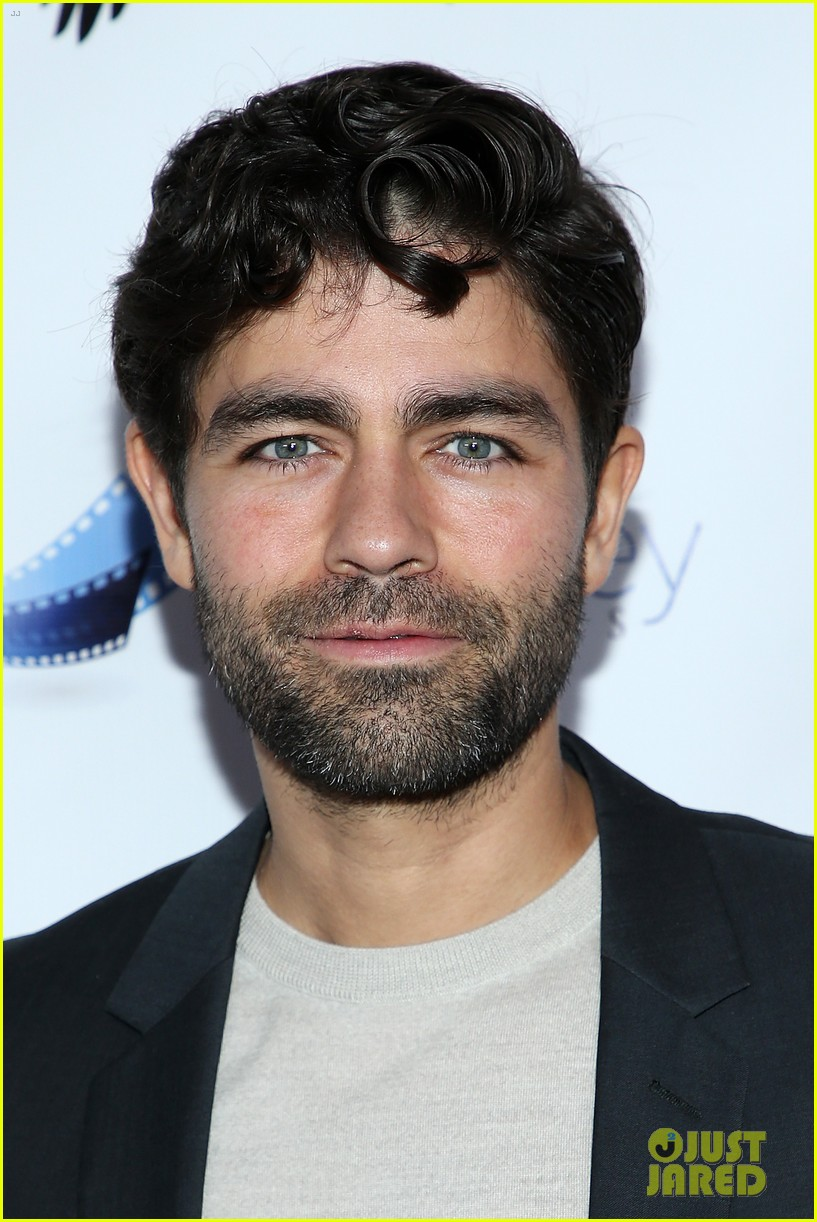 adrian grenier supports his beyond the night cast at premiere 06