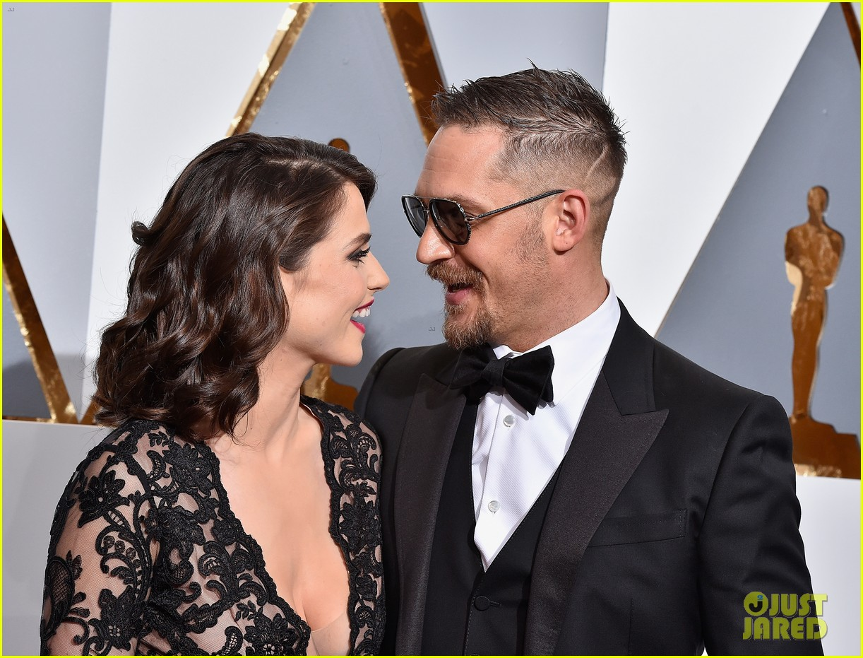 tom hardy charlotte riley welcome baby 024210392