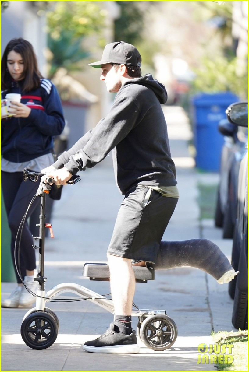 Josh Hutcherson Makes A Coffee Run On His Injured Leg Photo 4215505