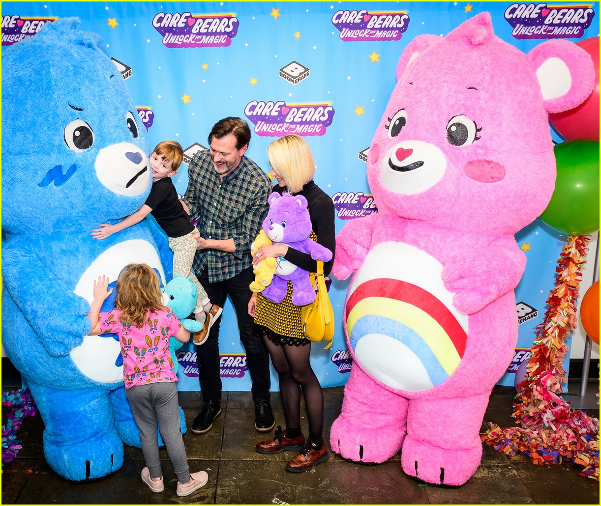 jaime king meets the care bears with her adorable kids 02