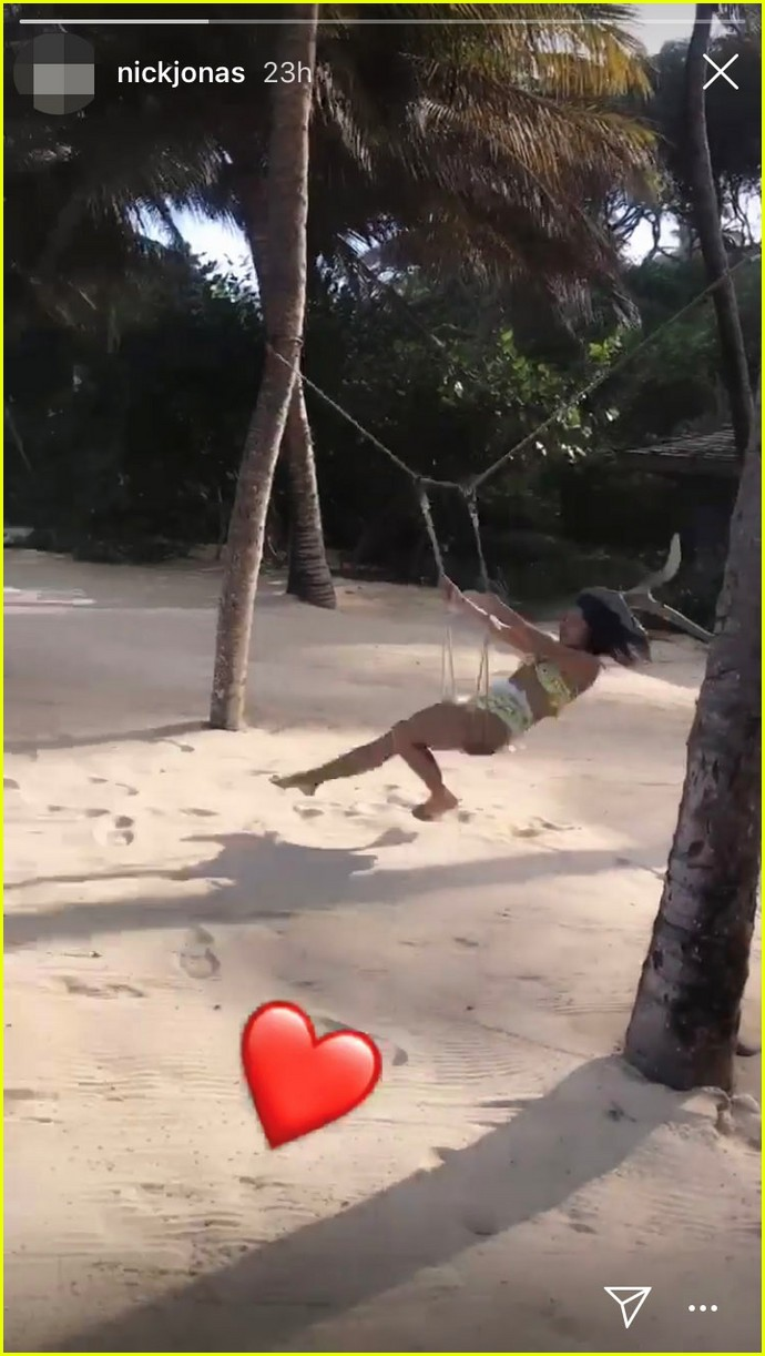 nick jonas and priyanka chopra kick off caribbean honeymoon 02