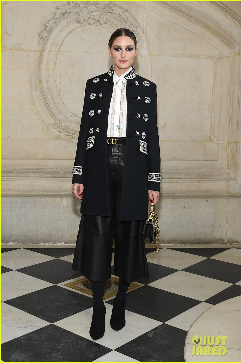 christian dior fashion show paris 204214600