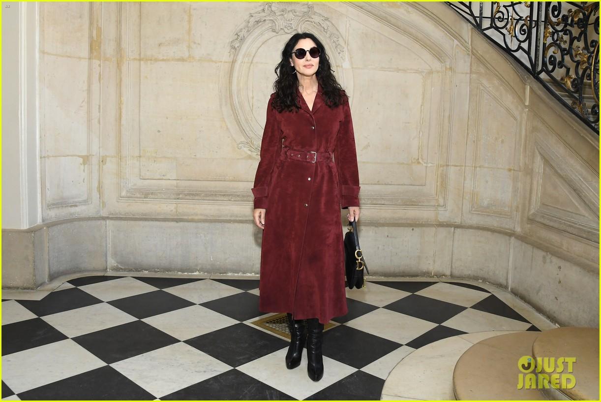 christian dior fashion show paris 224214602