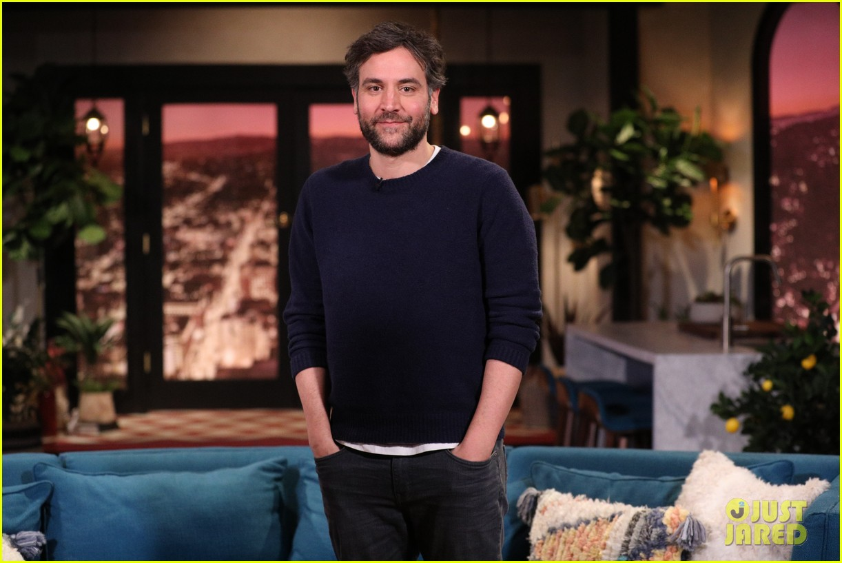 josh radnor busy tonight appearance 03