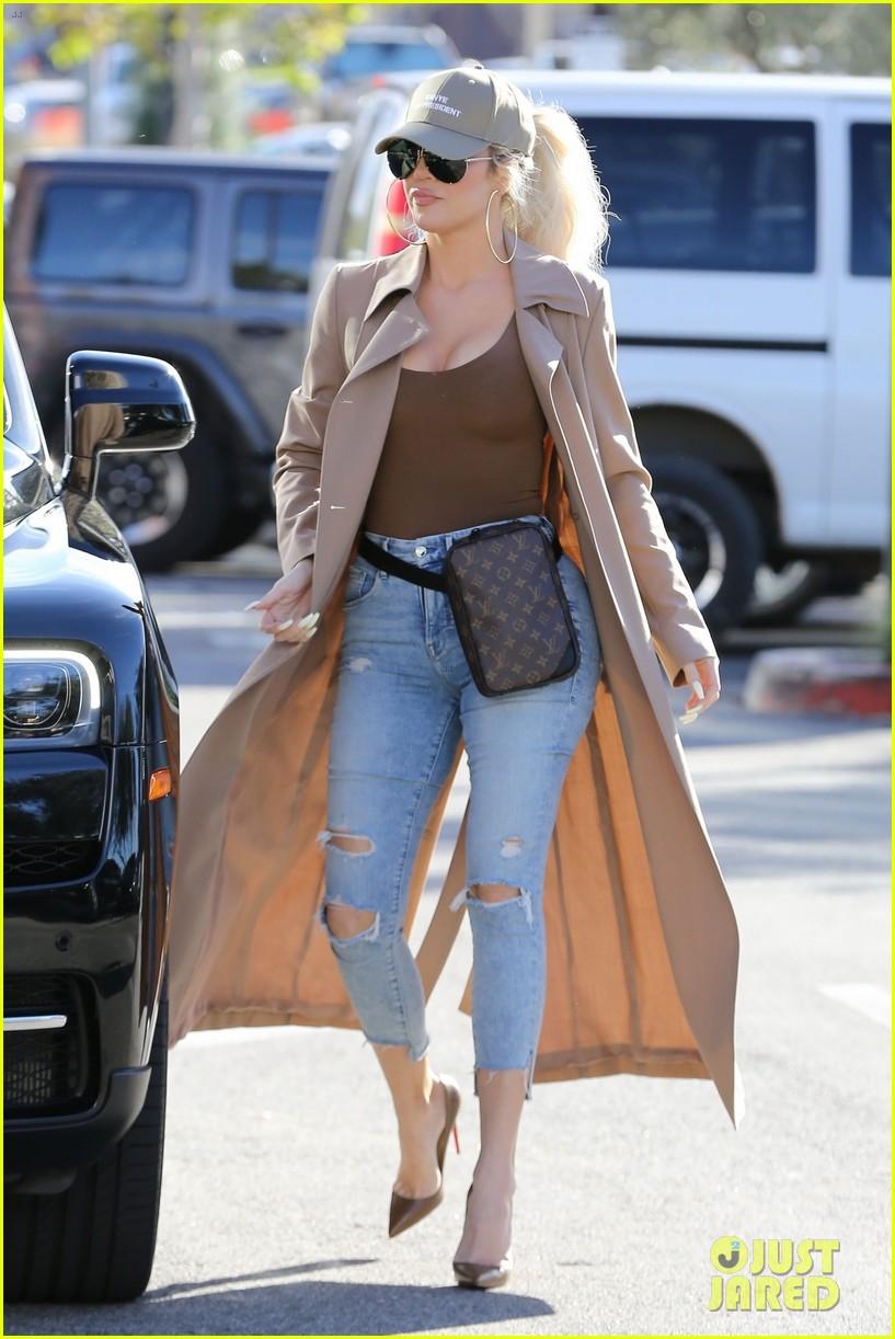 Offset Speaks Out About Split F Ck Ya Ll I Miss Cardi: Khloe Kardashian Endorses 'Kanye For President' While Out