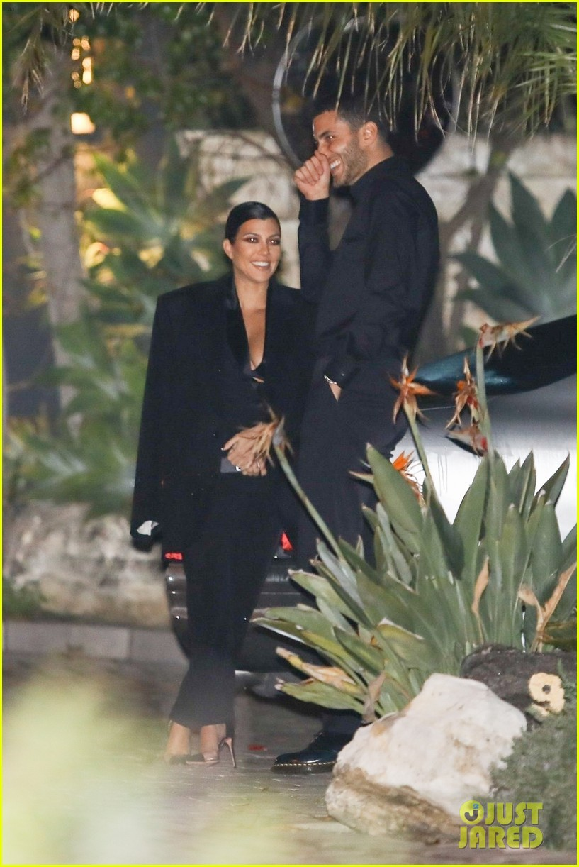 kardashians kanye west john legend party 06