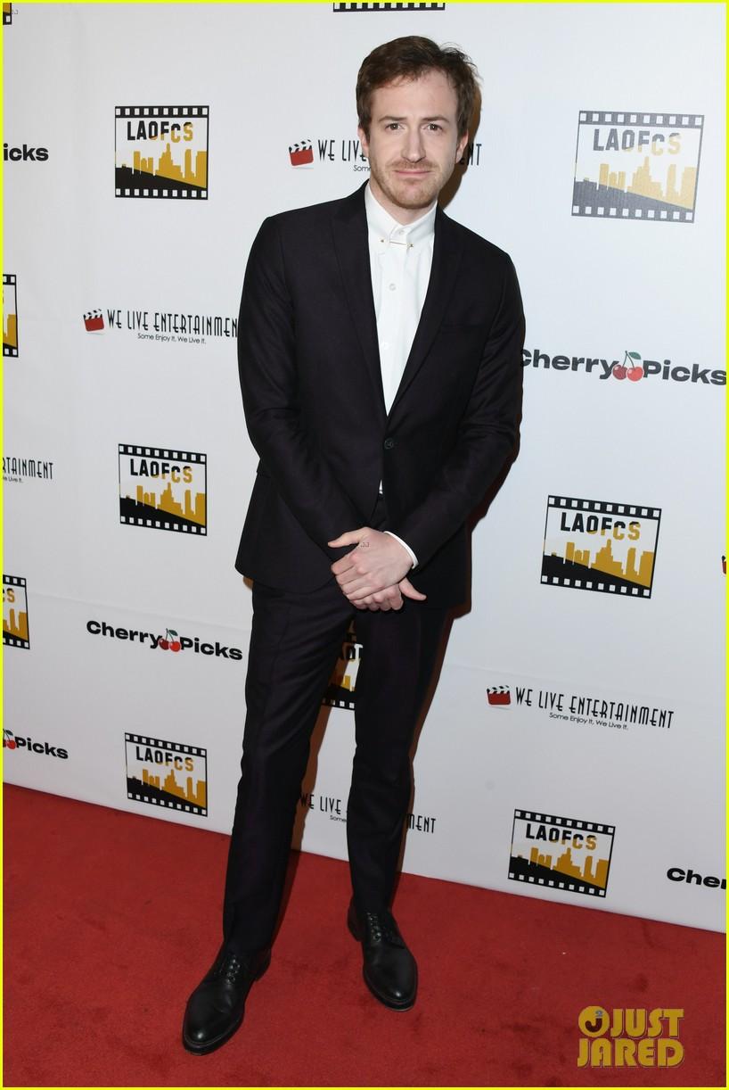 brie larson rami malek support romas big win at online film critics awards 214209650
