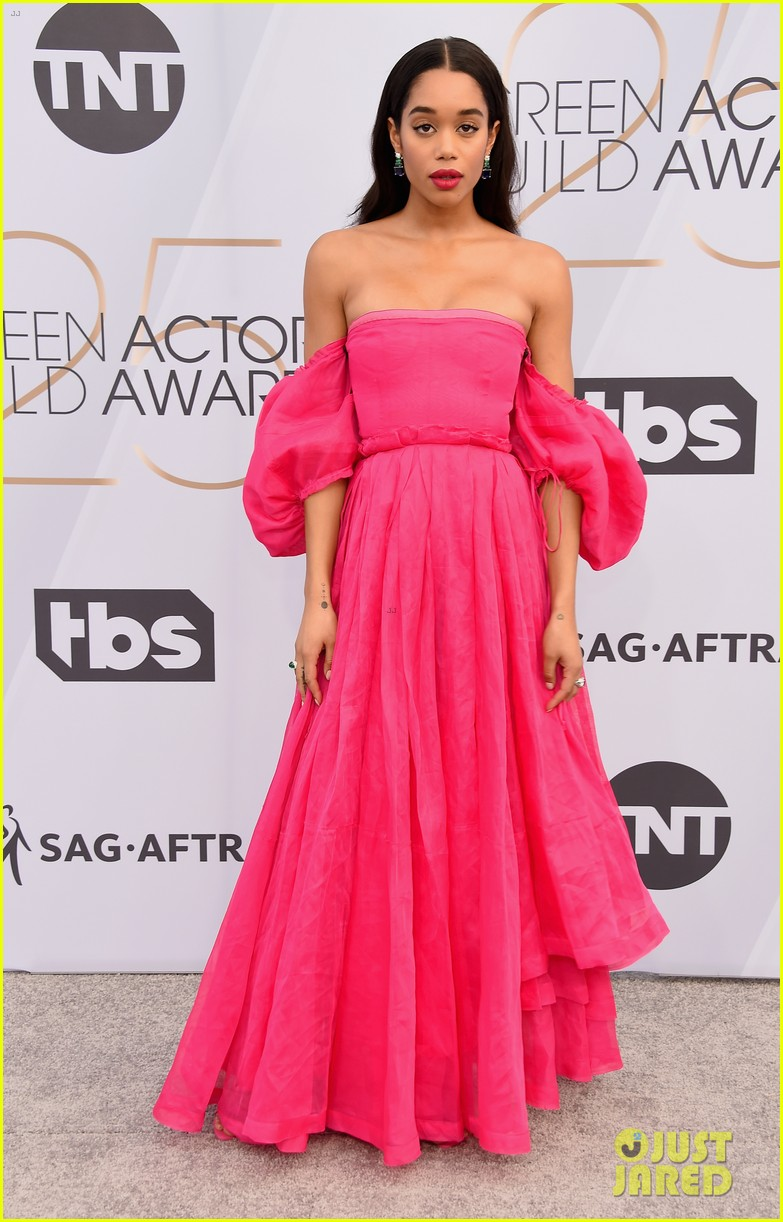laura harrier loewe pink dress sag awards 05