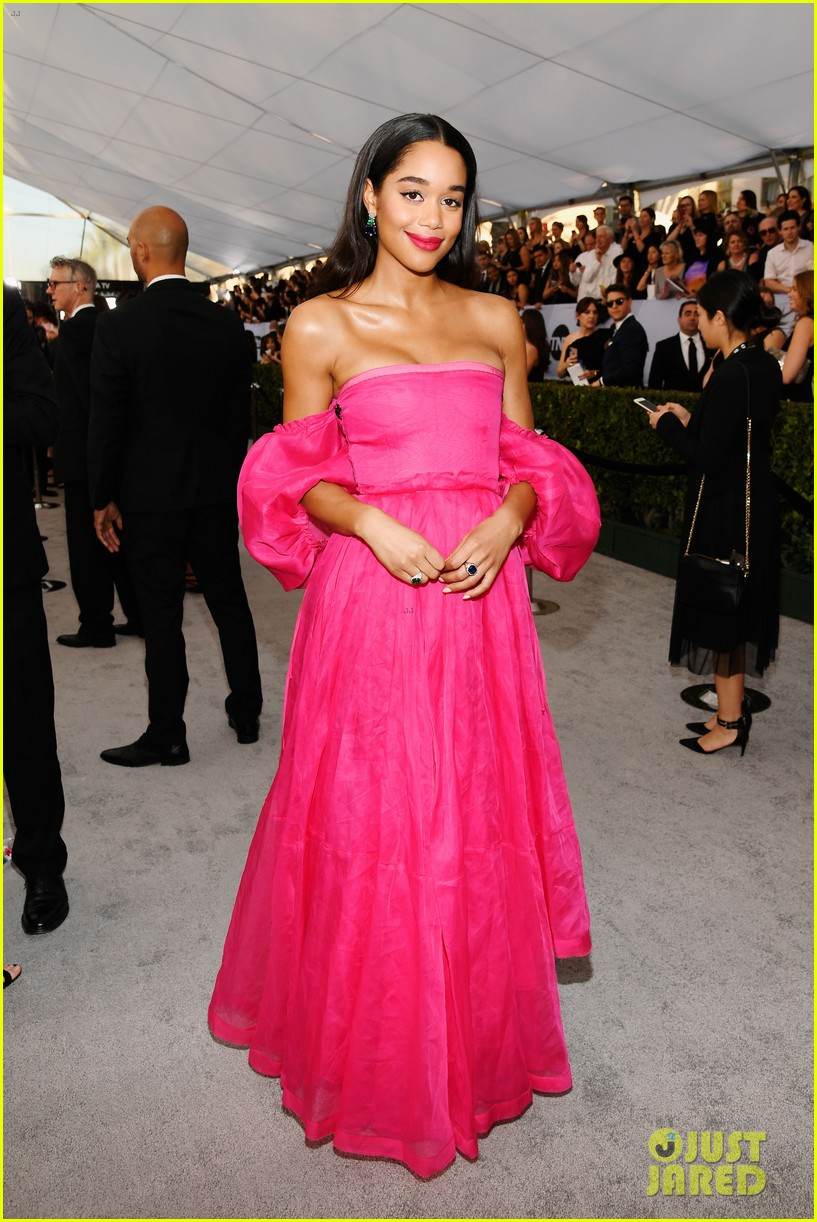 laura harrier loewe pink dress sag awards 07