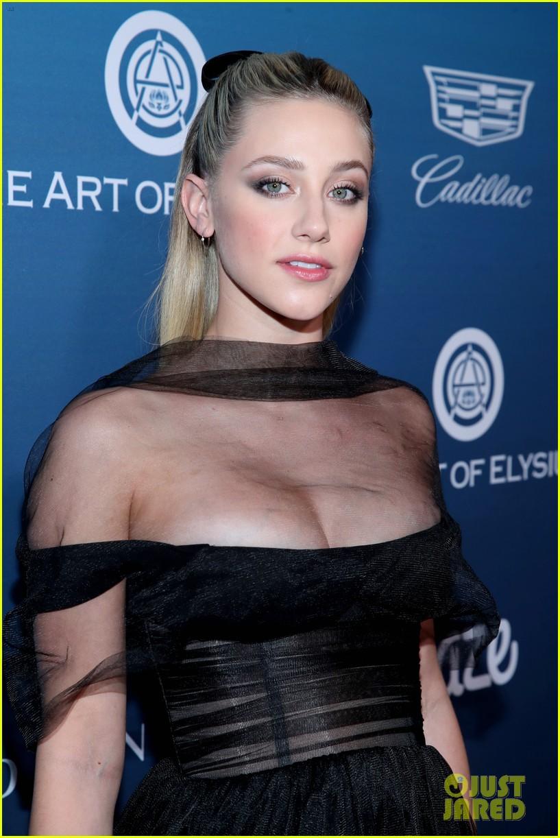 2019 Lili Reinhart nude (11 photos), Pussy, Cleavage, Instagram, braless 2015
