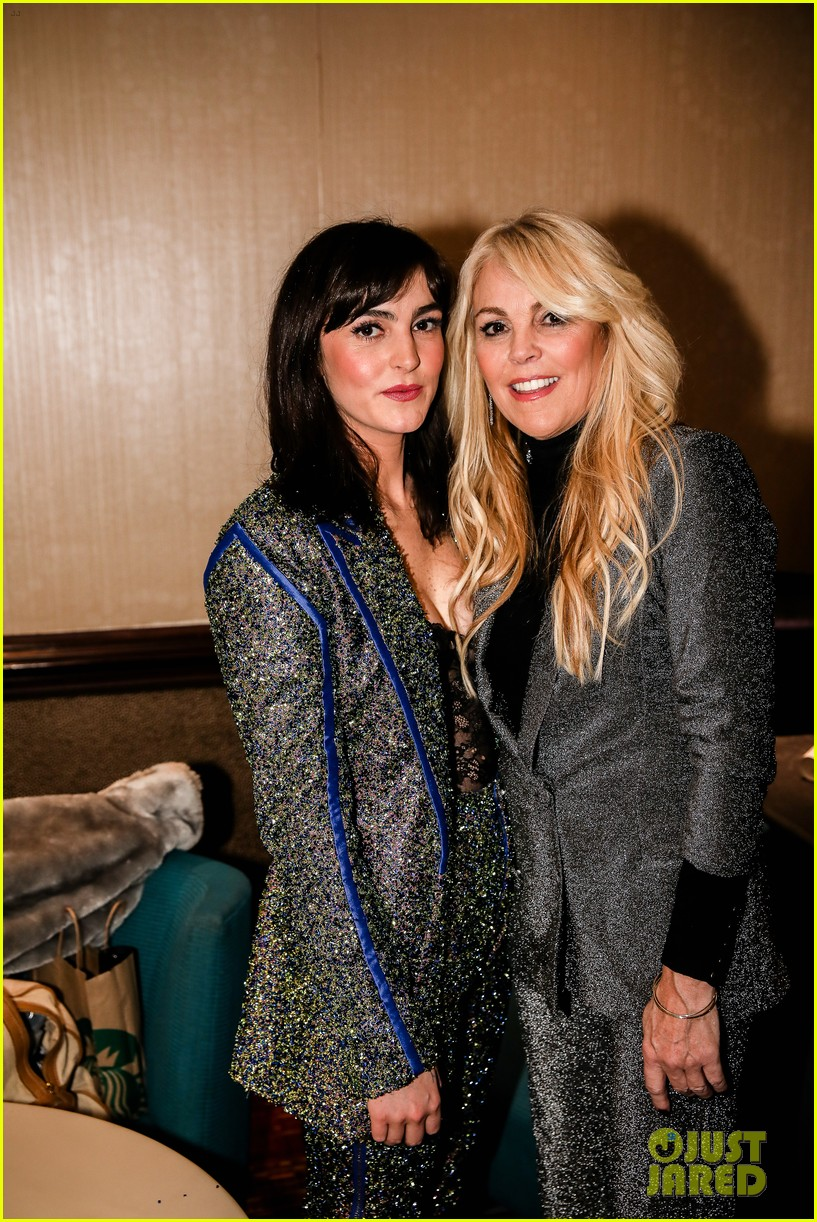 lindsay lohan attends robin thickes new years eve party 03