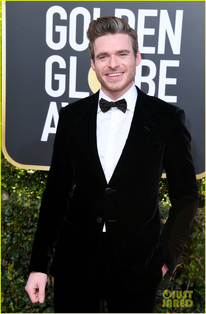 richard madden golden globes 2019 red carpet 034206756