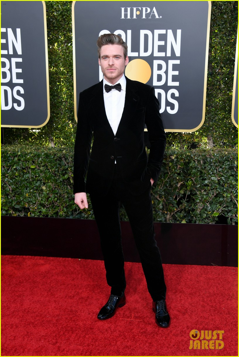 richard madden golden globes 2019 red carpet 044206757
