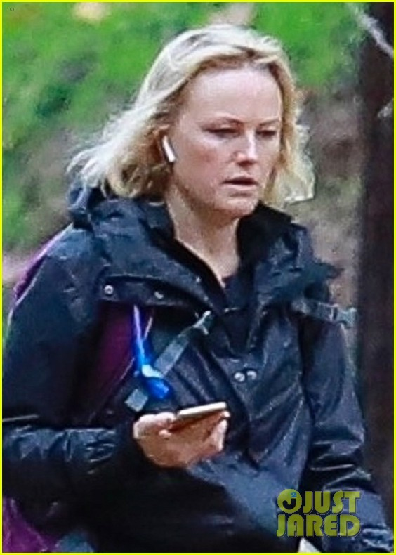malin akerman braves rainy weather for afternoon hike 024213170