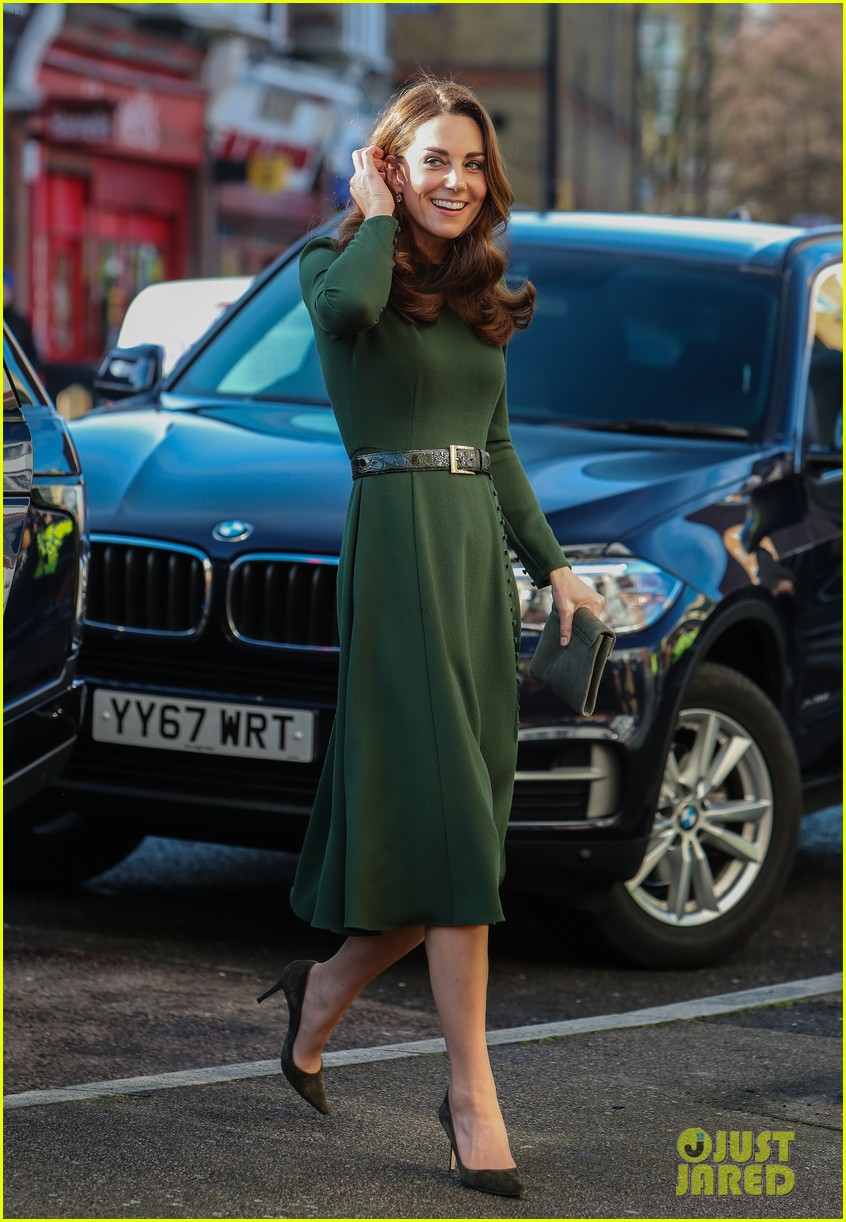 kate middleton launches new helpline at family action 03 - Celebrities Real Names