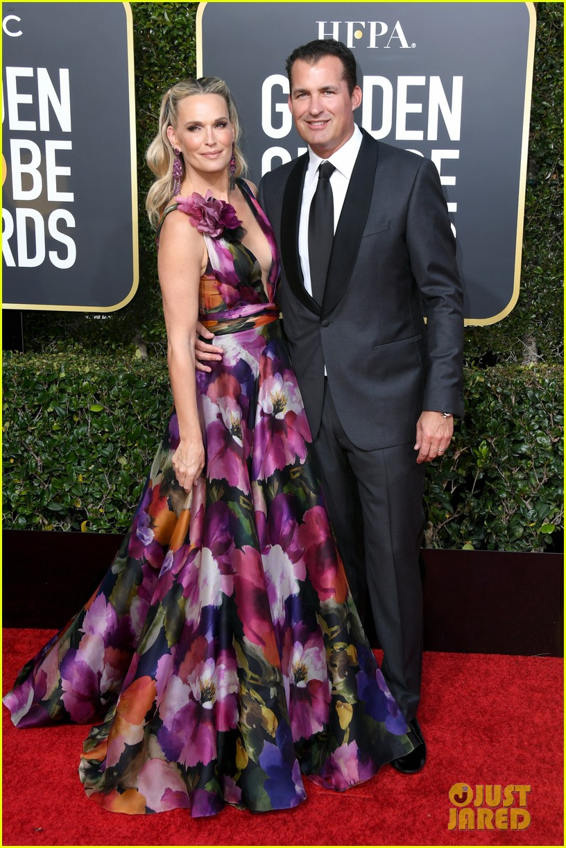 molly sims and husband 2019 golden globes 05