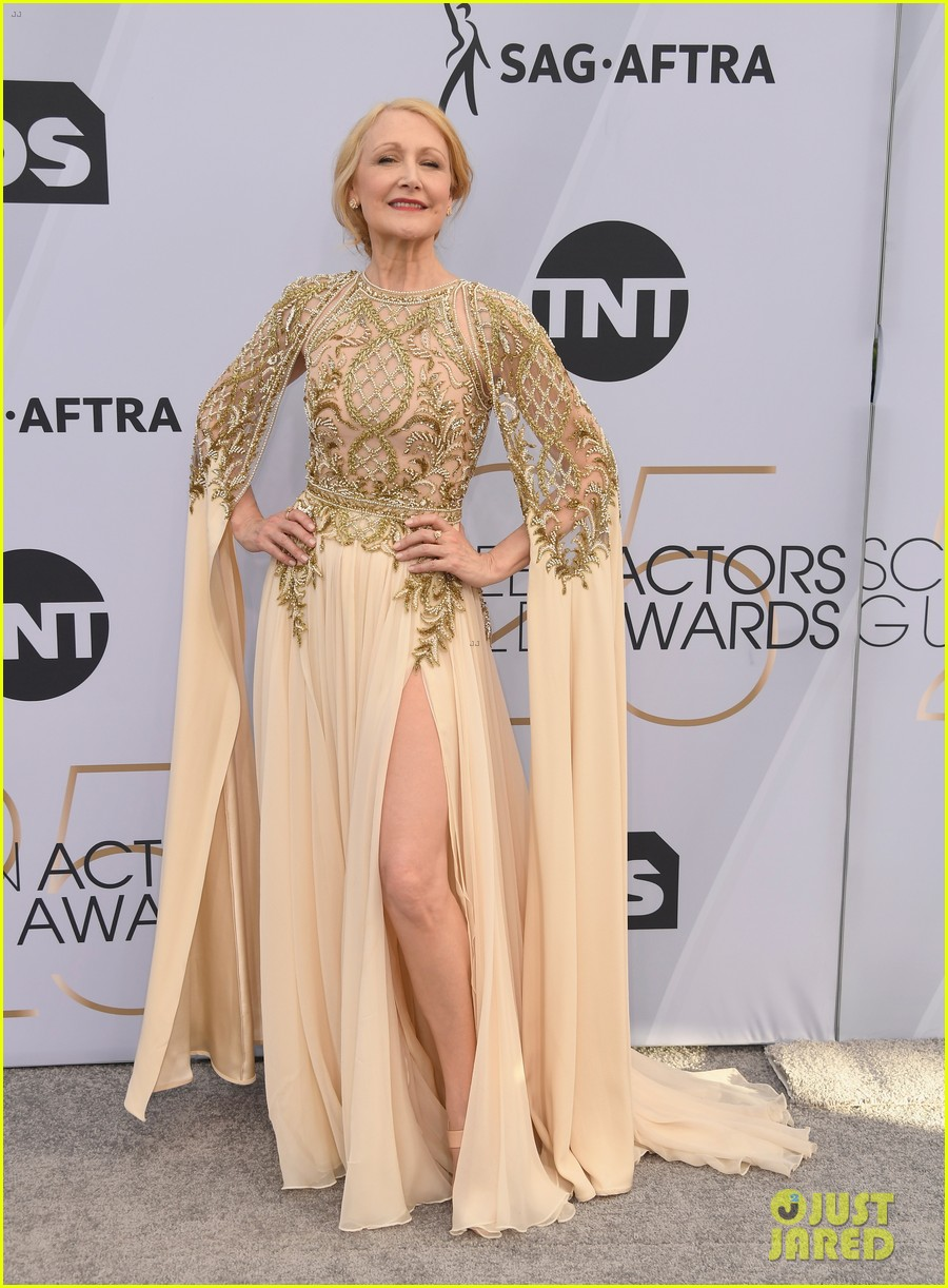 Patricia Clarkson Brings Sharp Objects To Sag Awards