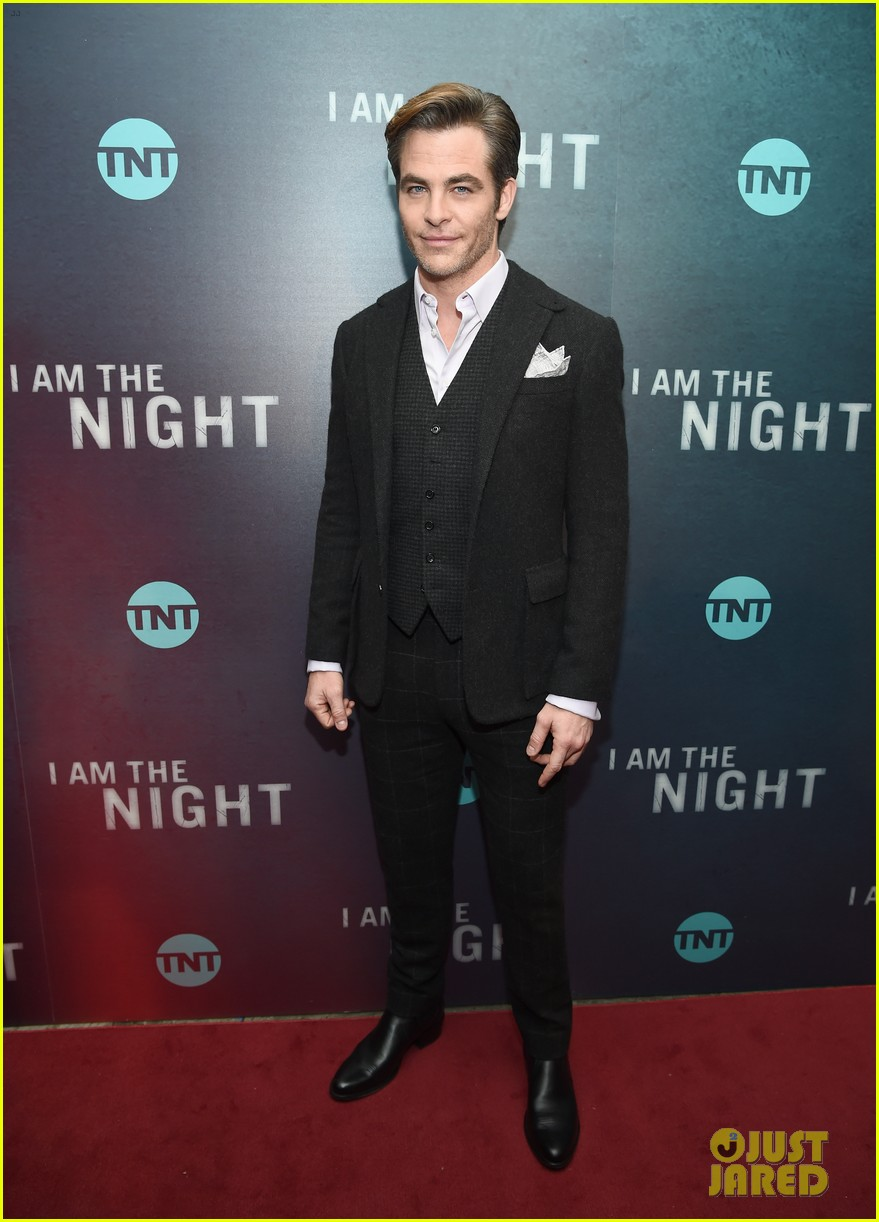 chris pine zachary quinto i am the night premiere 074215260