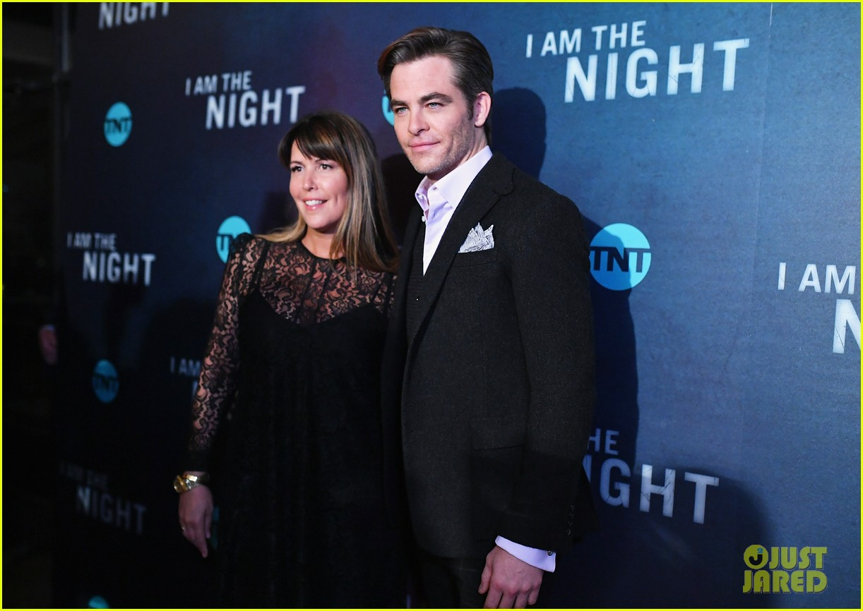 chris pine zachary quinto i am the night premiere 134215266