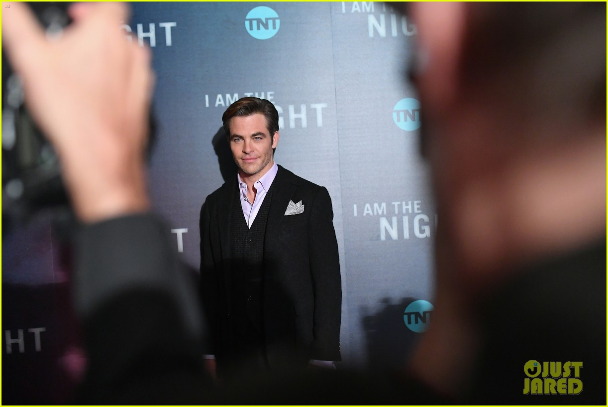 chris pine zachary quinto i am the night premiere 194215272