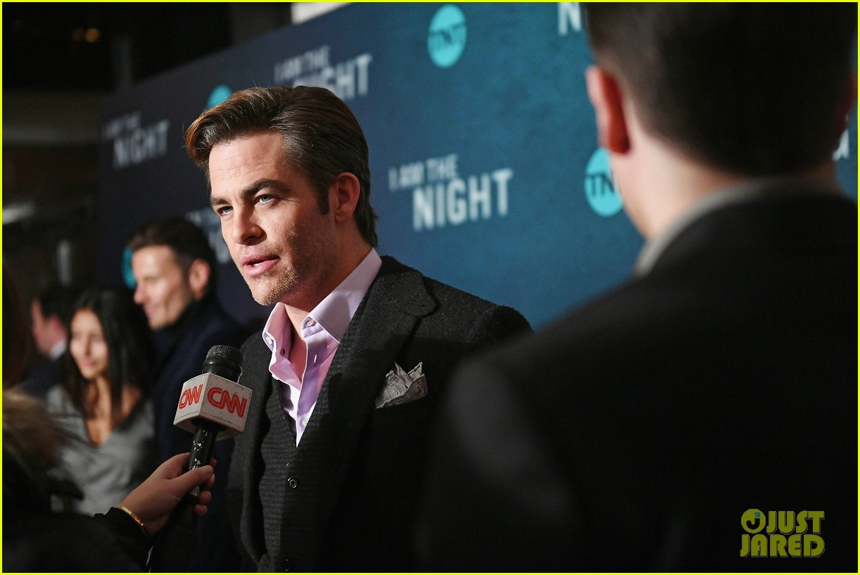 chris pine zachary quinto i am the night premiere 224215275