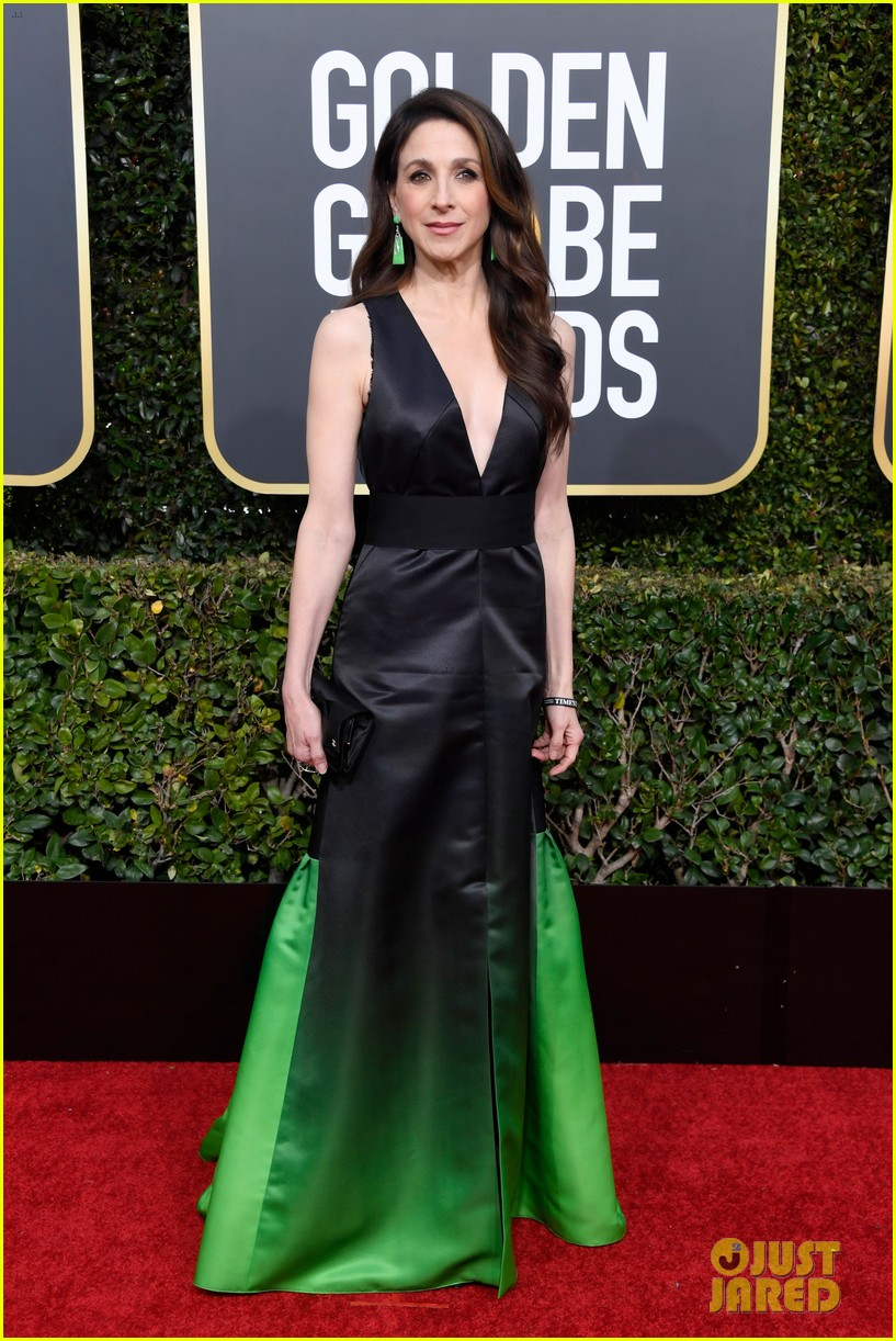marvelous mrs maisel rachel brosnahan golden globes 054207454