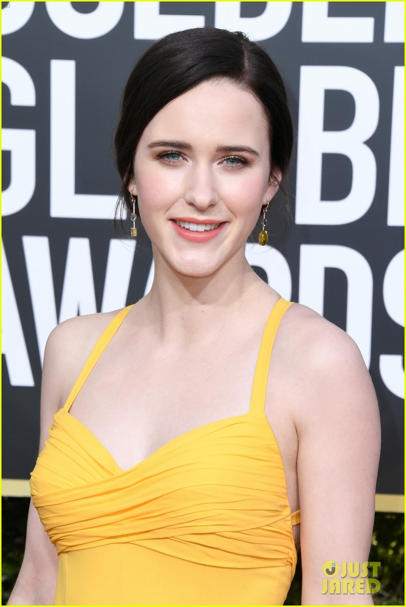 marvelous mrs maisel rachel brosnahan golden globes 074207456