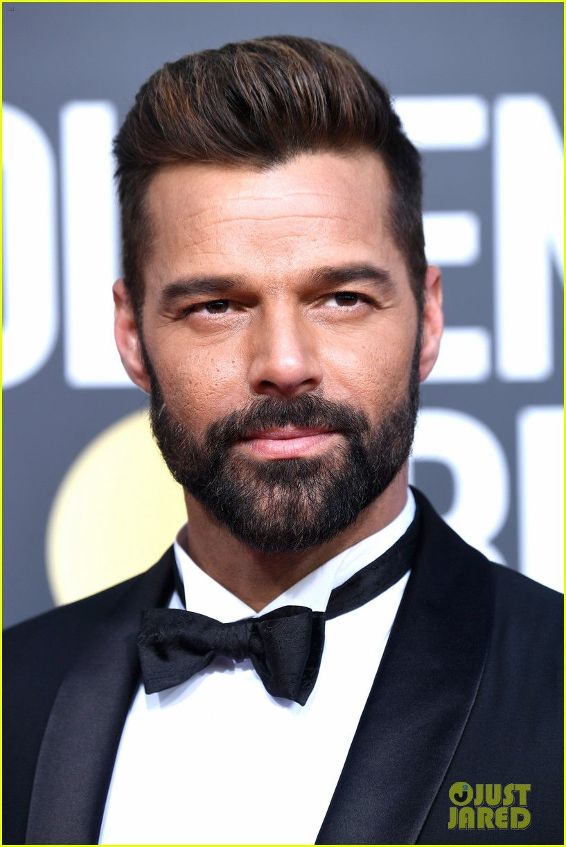 Ricky Martin Looks Sharp While Stepping ...