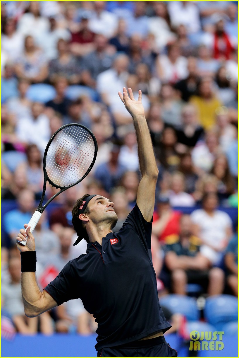 roger federer defeats serena williams in mixed doubles tournament 02