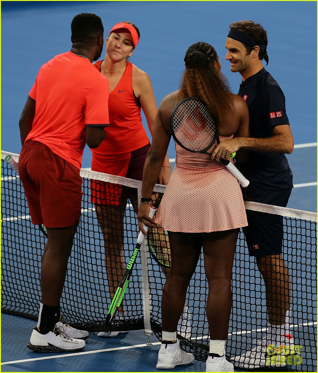 roger federer defeats serena williams in mixed doubles tournament 11